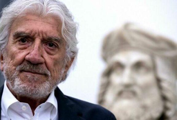 Morto Gigi Proietti, addio al grande mattatore d'Italia.